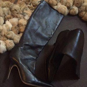 Manolo Blahnik pointy toe stiletto boot